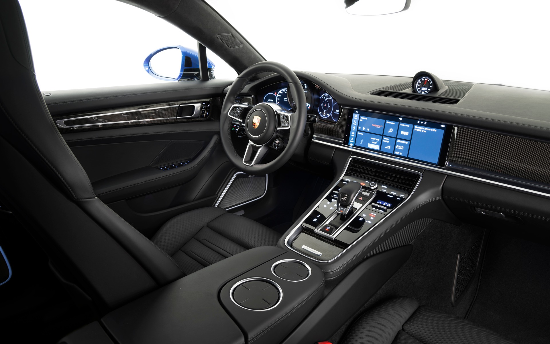 2017 Porsche Panamera Faster More Efficient And Distinguished Than Ever