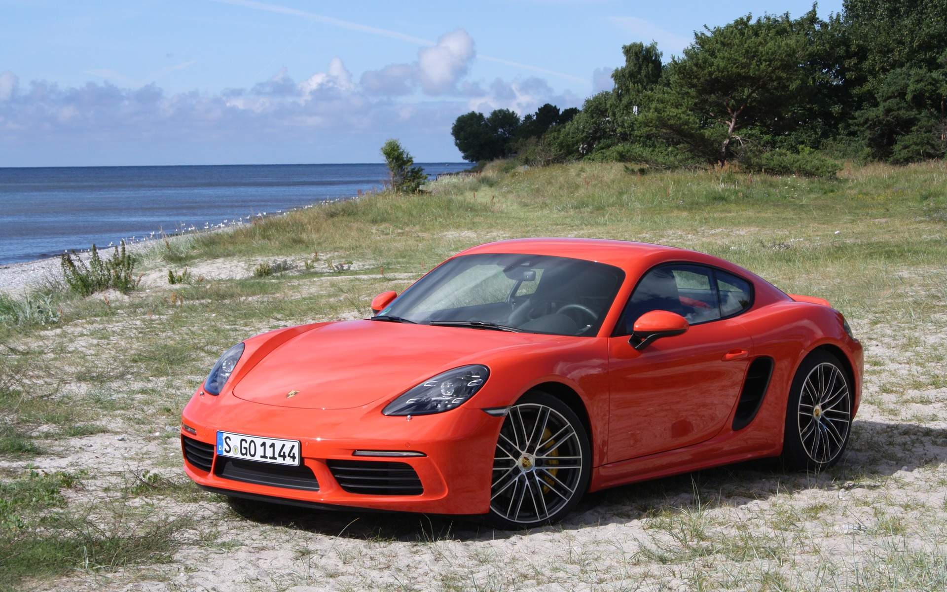 2017 porsche 718 cayman the sound of speed the car guide. Black Bedroom Furniture Sets. Home Design Ideas