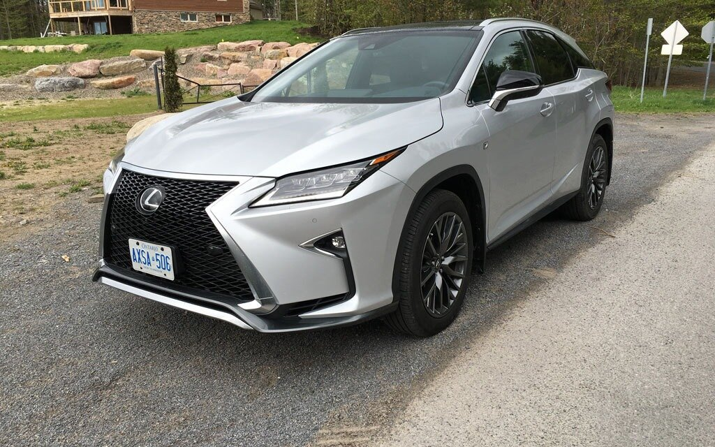 2016 lexus rx 350 f sport futuristic and luxurious the car guide. Black Bedroom Furniture Sets. Home Design Ideas