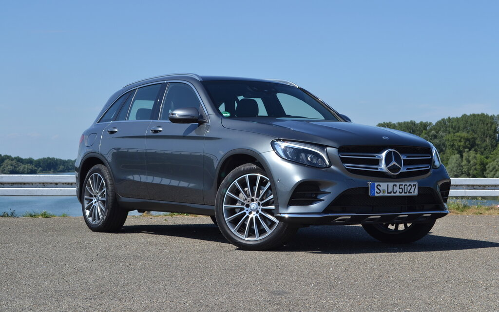 Mercedes benz classe glc 2016 au revoir glk guide auto for Mercedes benz 640