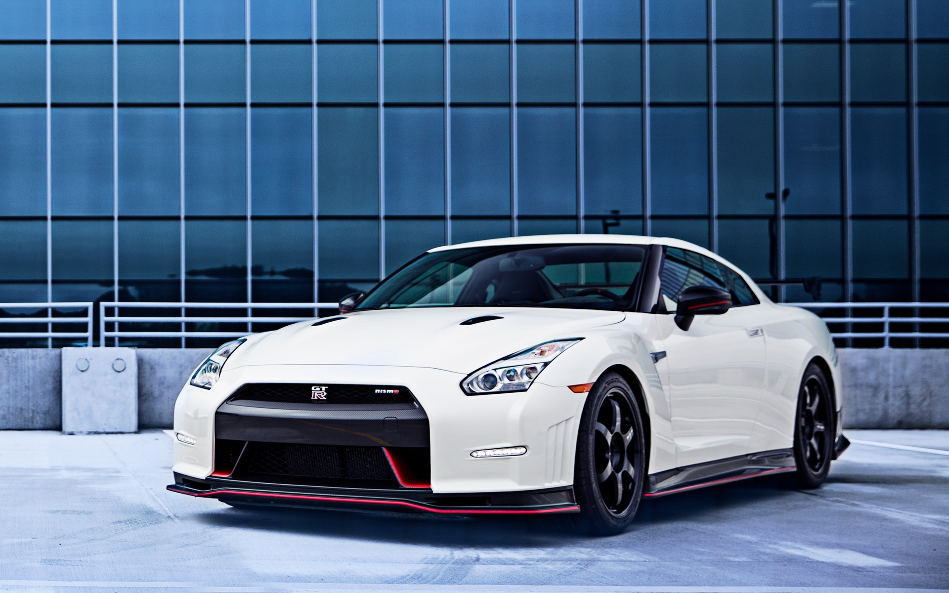 nissan gt r 2016 n e pour la course guide auto. Black Bedroom Furniture Sets. Home Design Ideas