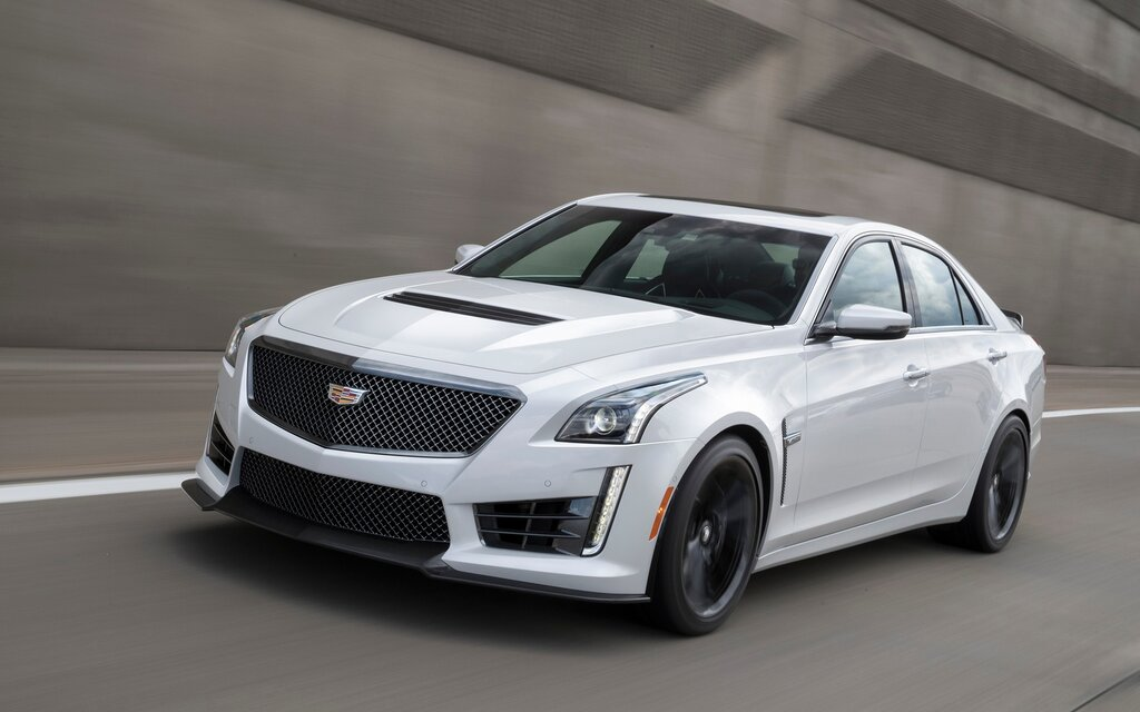 cadillac adds carbon black sport package to 2017 ats and cts the car guide. Black Bedroom Furniture Sets. Home Design Ideas