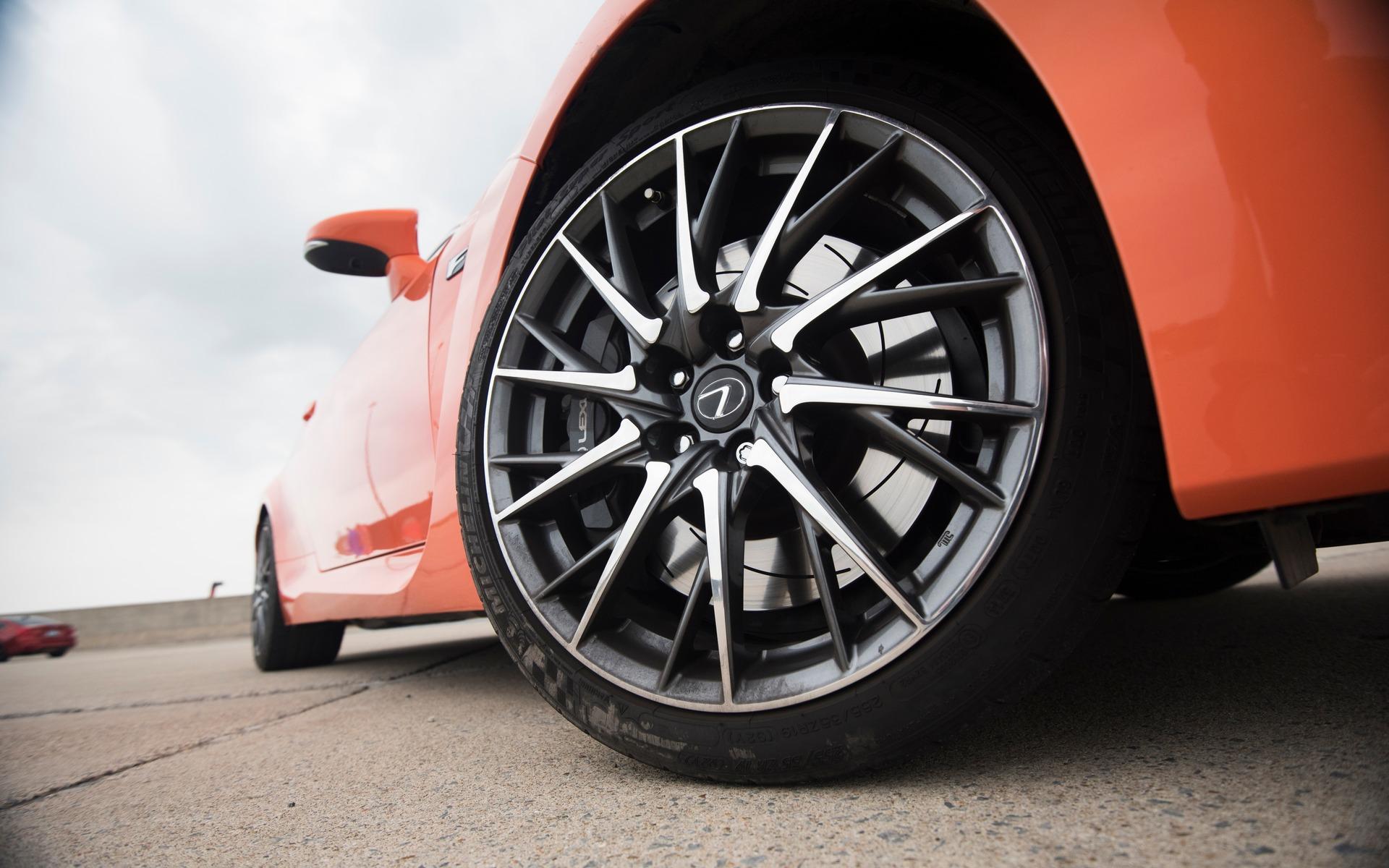 #3 : Lexus RC F