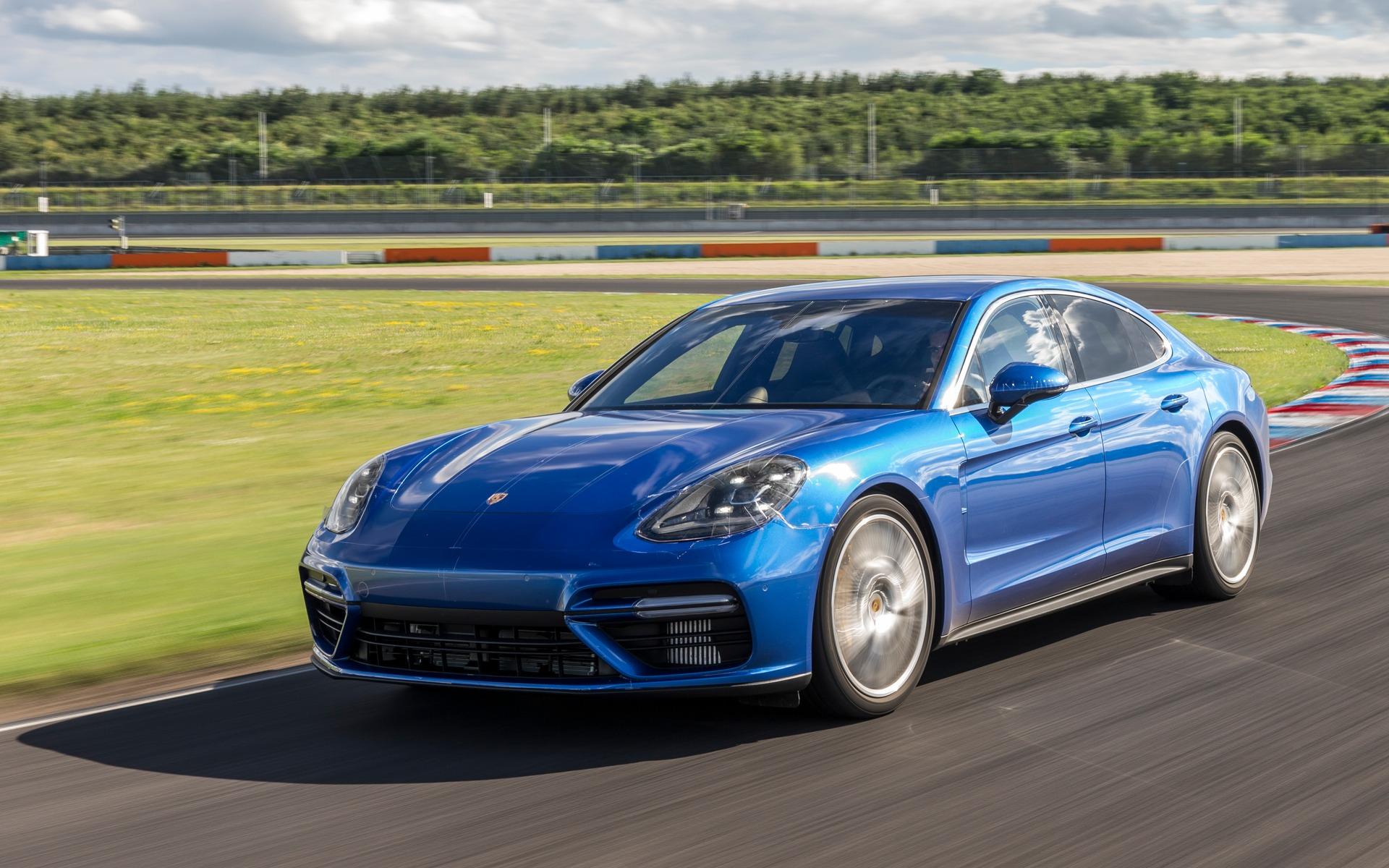 2017 porsche panamera technological marvel the car guide - Porsche panamera 5 portes ...
