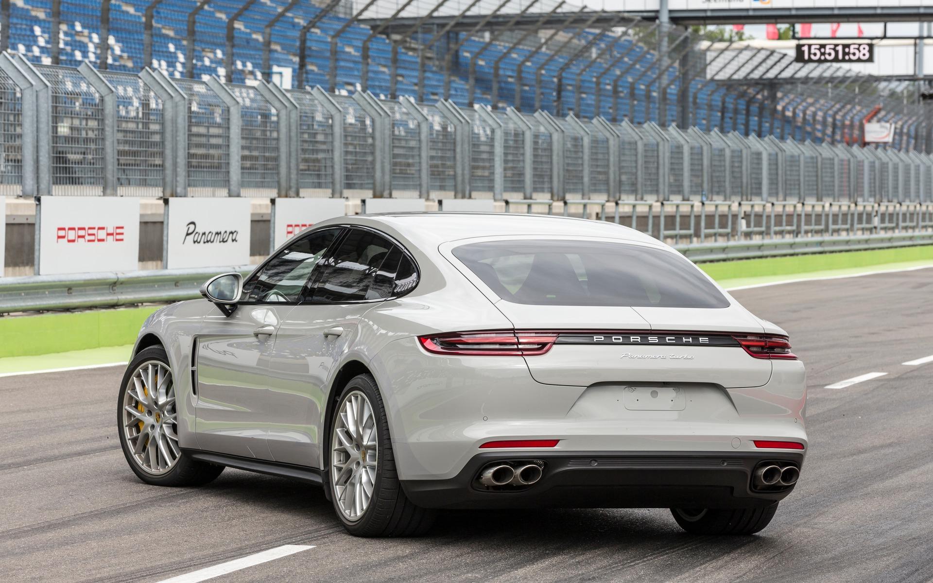2017 Porsche Panamera Technological Marvel