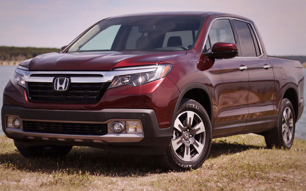 AWD 2017 Honda Ridgeline gets 9.5 L/100 km on highway - 1/1