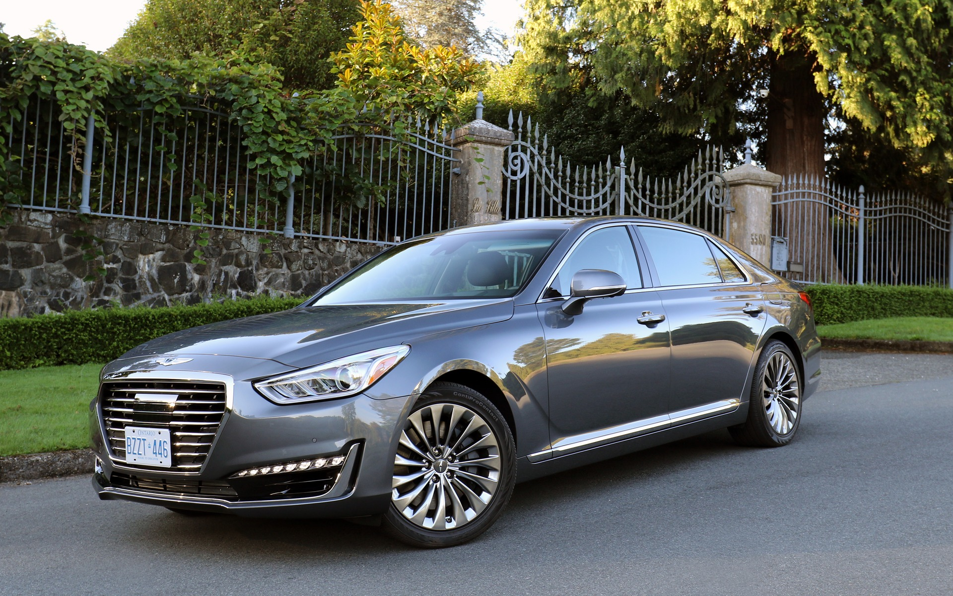 2017 genesis g90 a historic moment for hyundai the car. Black Bedroom Furniture Sets. Home Design Ideas