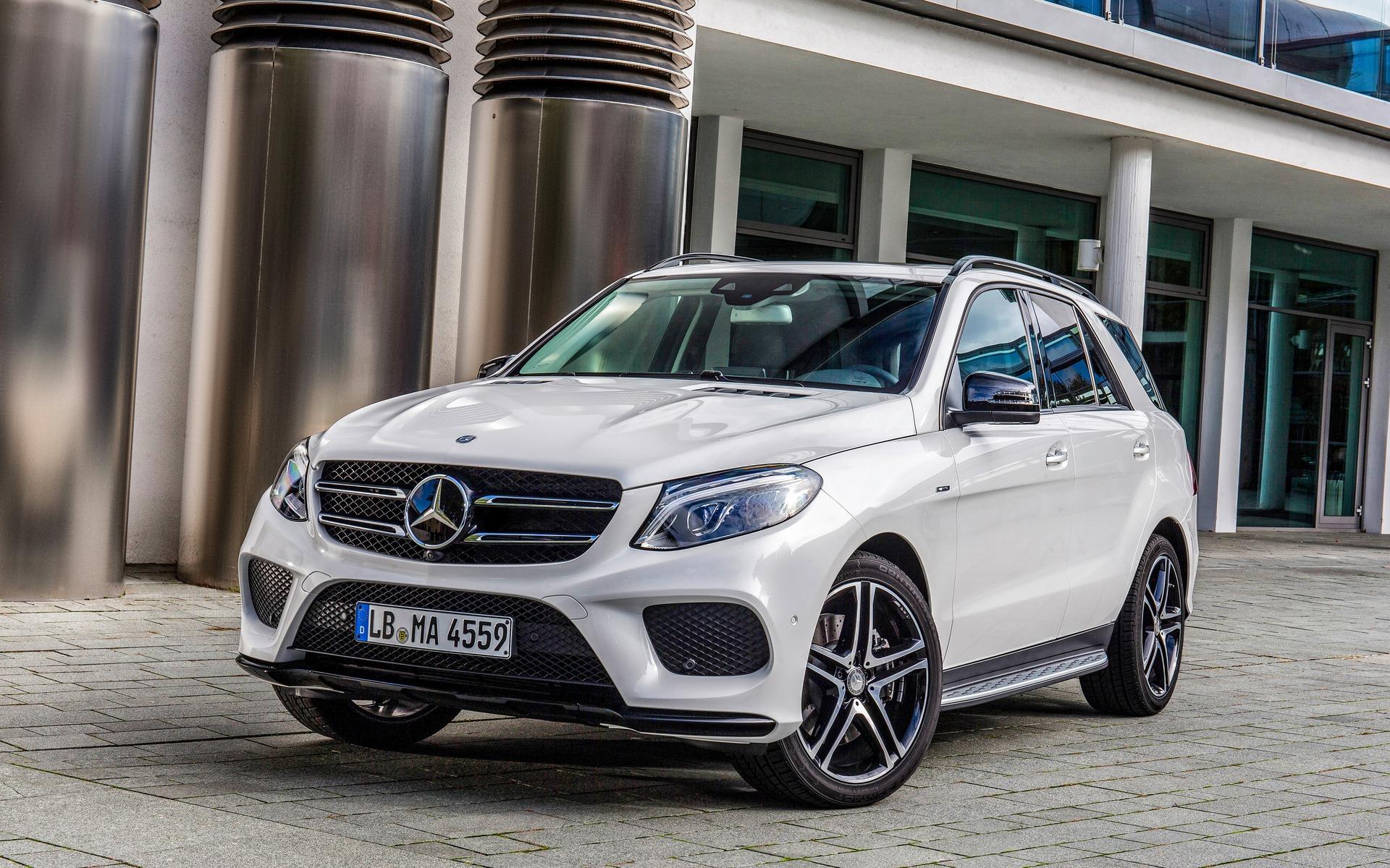 Mercedes benz gle 450 amg 4matic 2016 logique germanique for Mercedes benz gle class