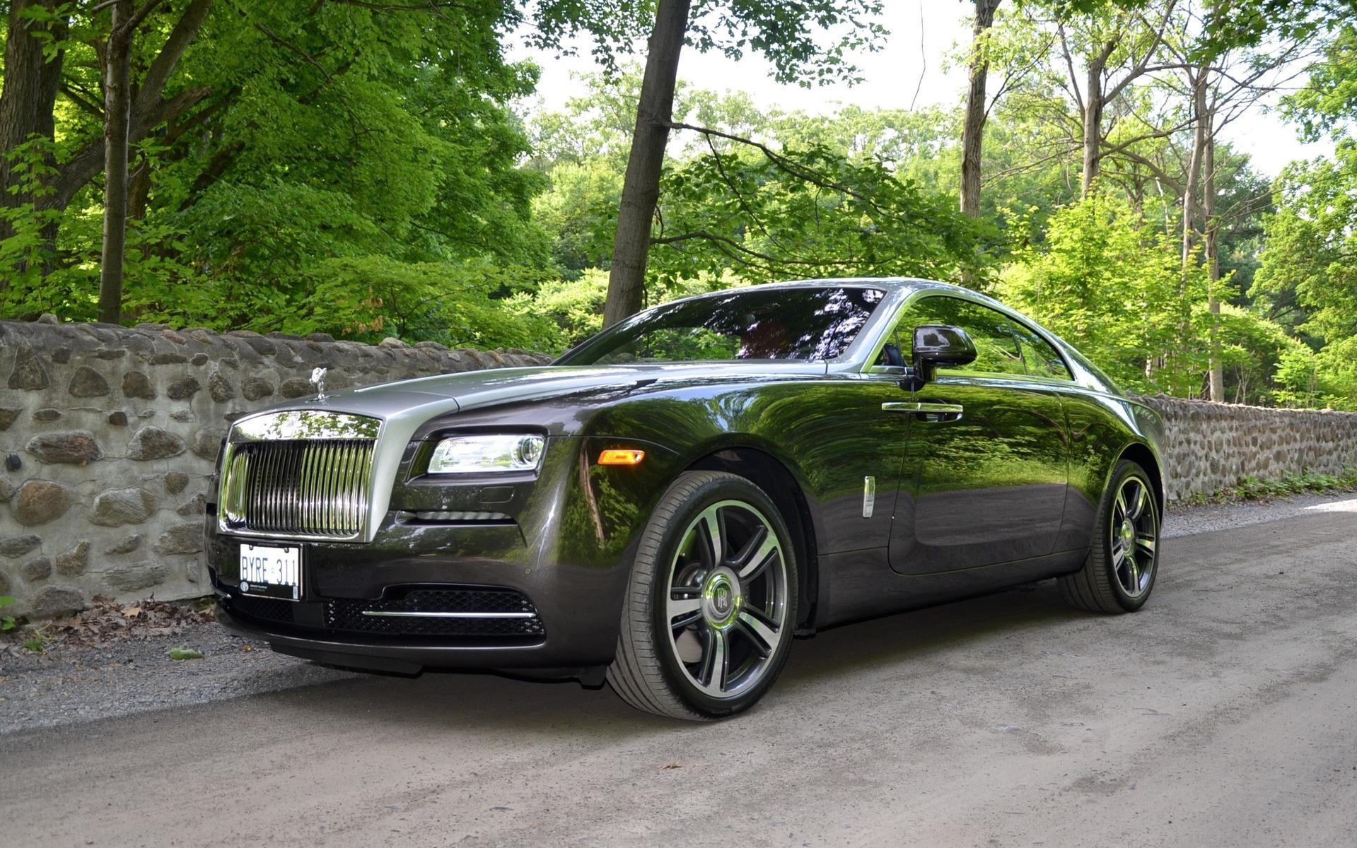 2016 rollsroyce wraith behind the wheel of a 462000