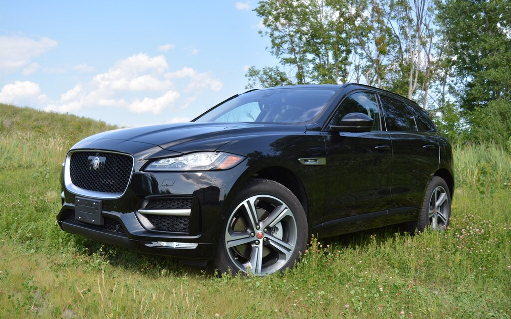 2017 jaguar f pace r sport 35t the answer to someone s question the car guide. Black Bedroom Furniture Sets. Home Design Ideas