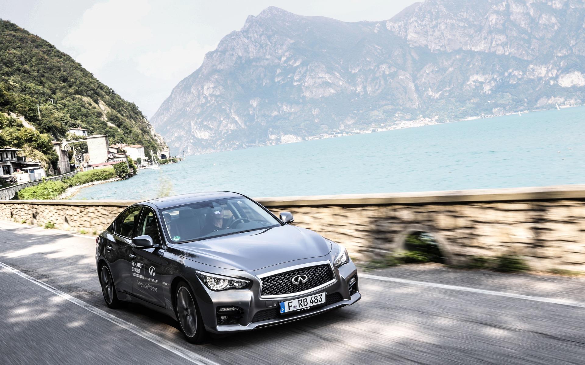 2016 infiniti q50 hybrid review