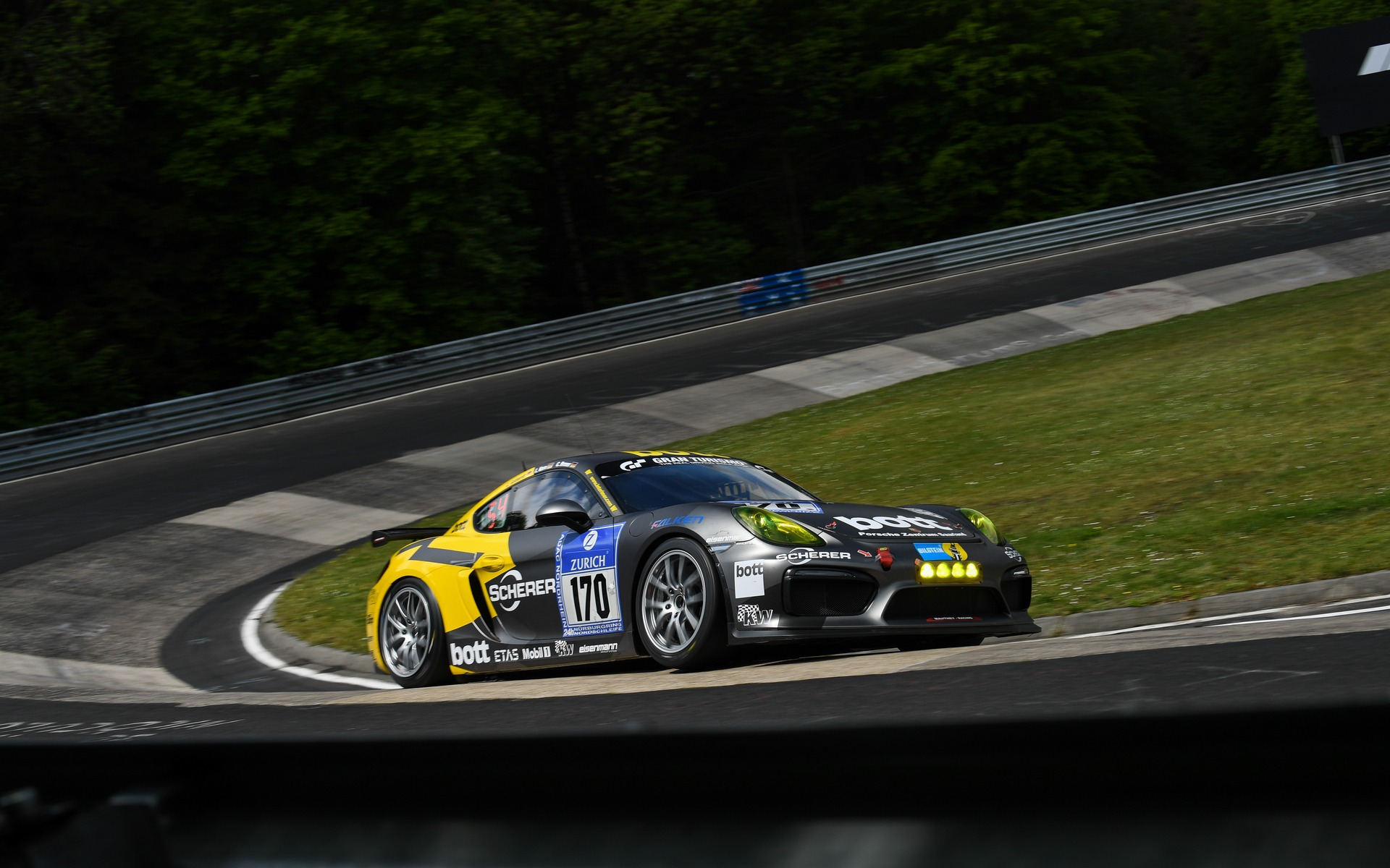 Porsche Cayman Gt4 One For The Road Two Others For The Track The
