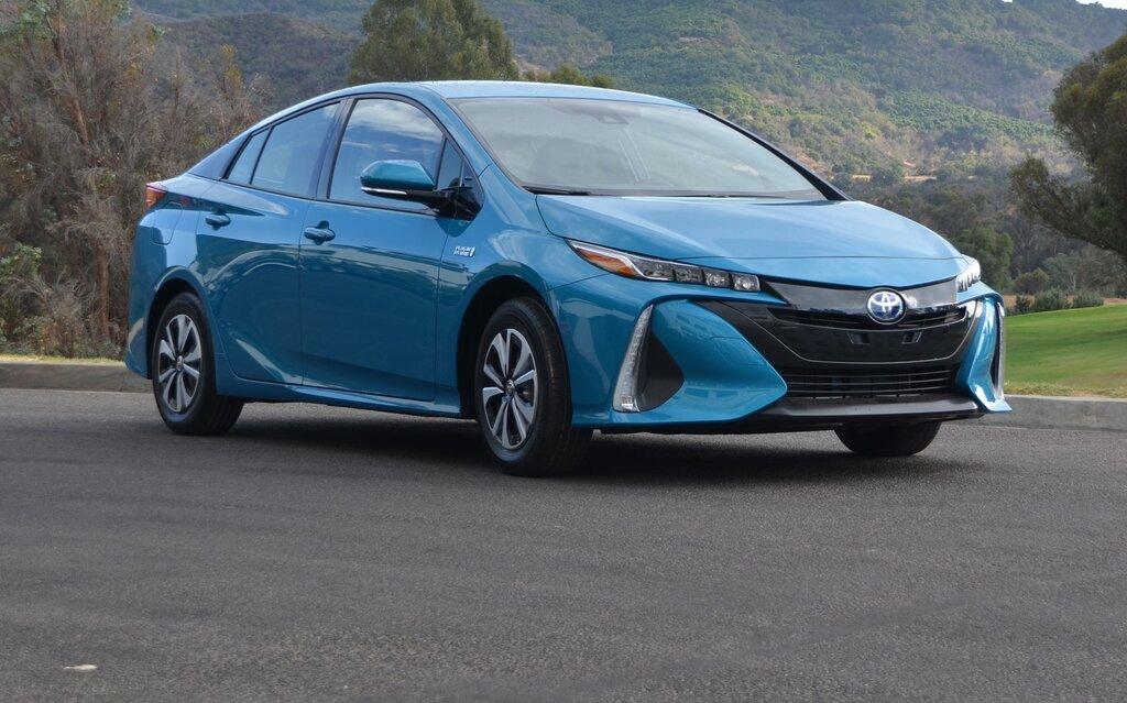 Used Toyota Prius >> 2017 Toyota Prius Prime: Beyond the Looks… - 15/24