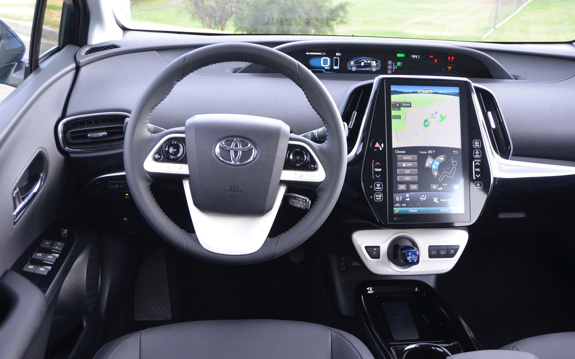 Used Toyota Prius >> 2017 Toyota Prius Prime: Beyond the Looks… - 3/24