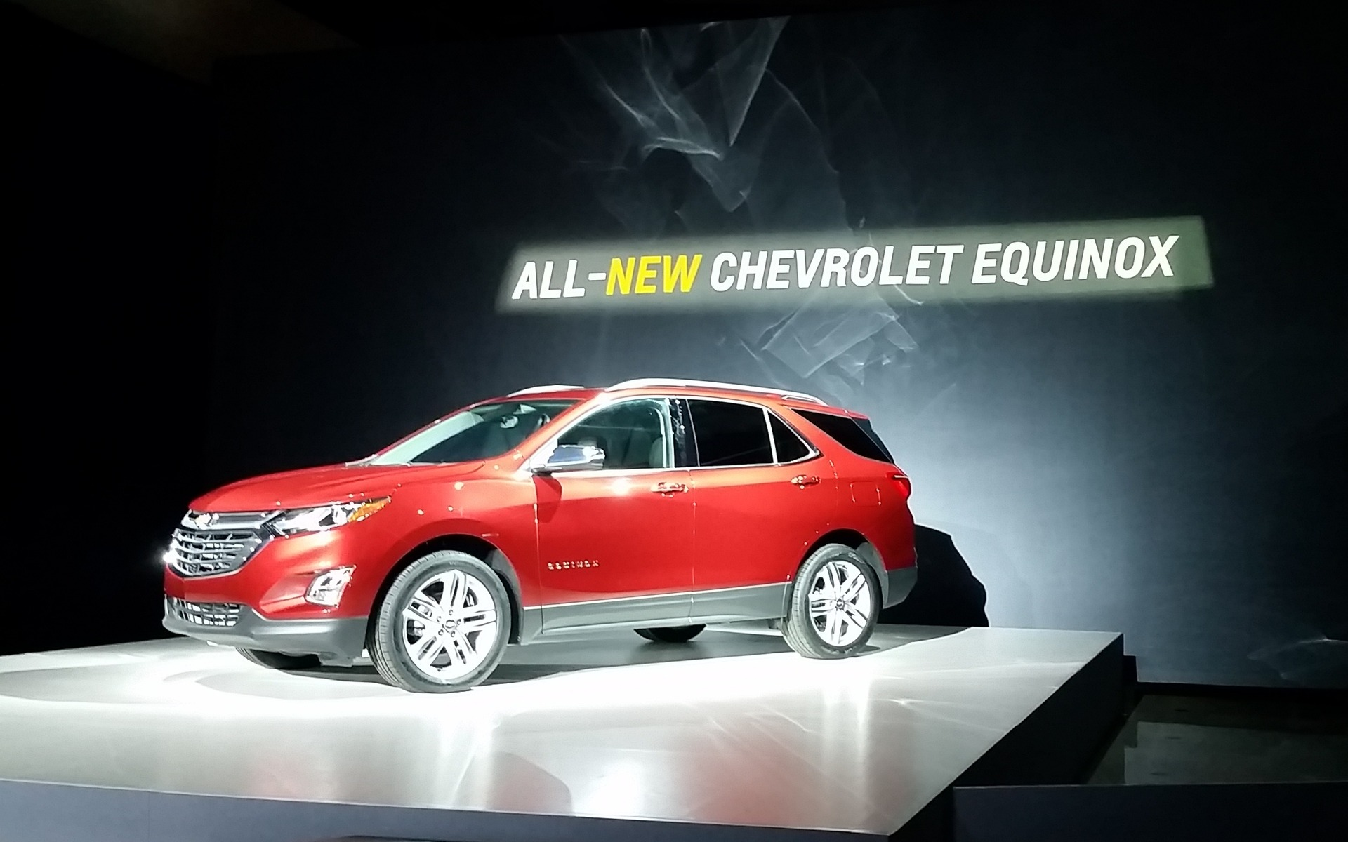 2018 chevrolet equinox the new equinox on the equinox the car guide. Black Bedroom Furniture Sets. Home Design Ideas