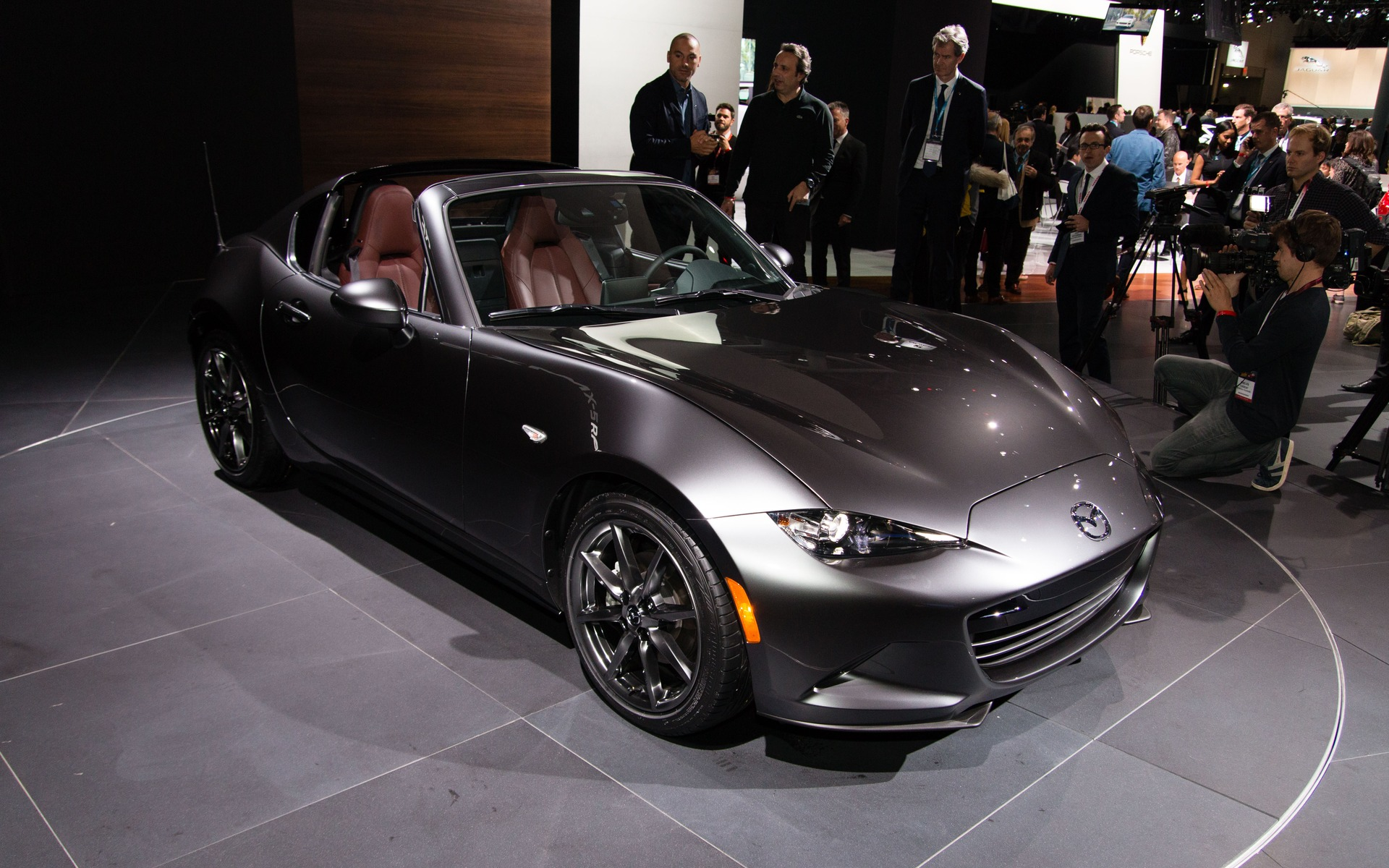 2017 mazda mx 5 rf launch edition sells out in days the car guide. Black Bedroom Furniture Sets. Home Design Ideas