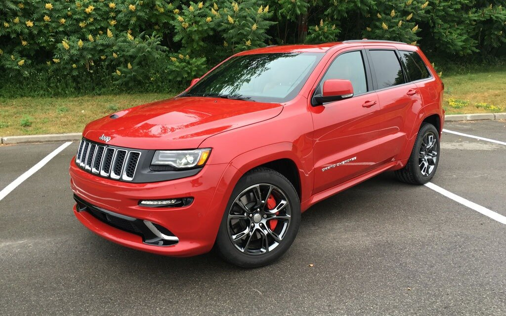 2016 jeep grand cherokee srt a wolf in jeep s clothing the car guide. Black Bedroom Furniture Sets. Home Design Ideas