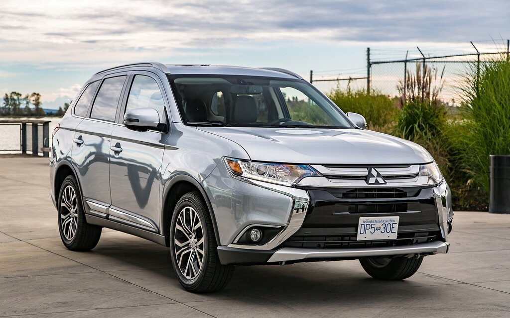 improvements for the 2017 mitsubishi outlander the car guide