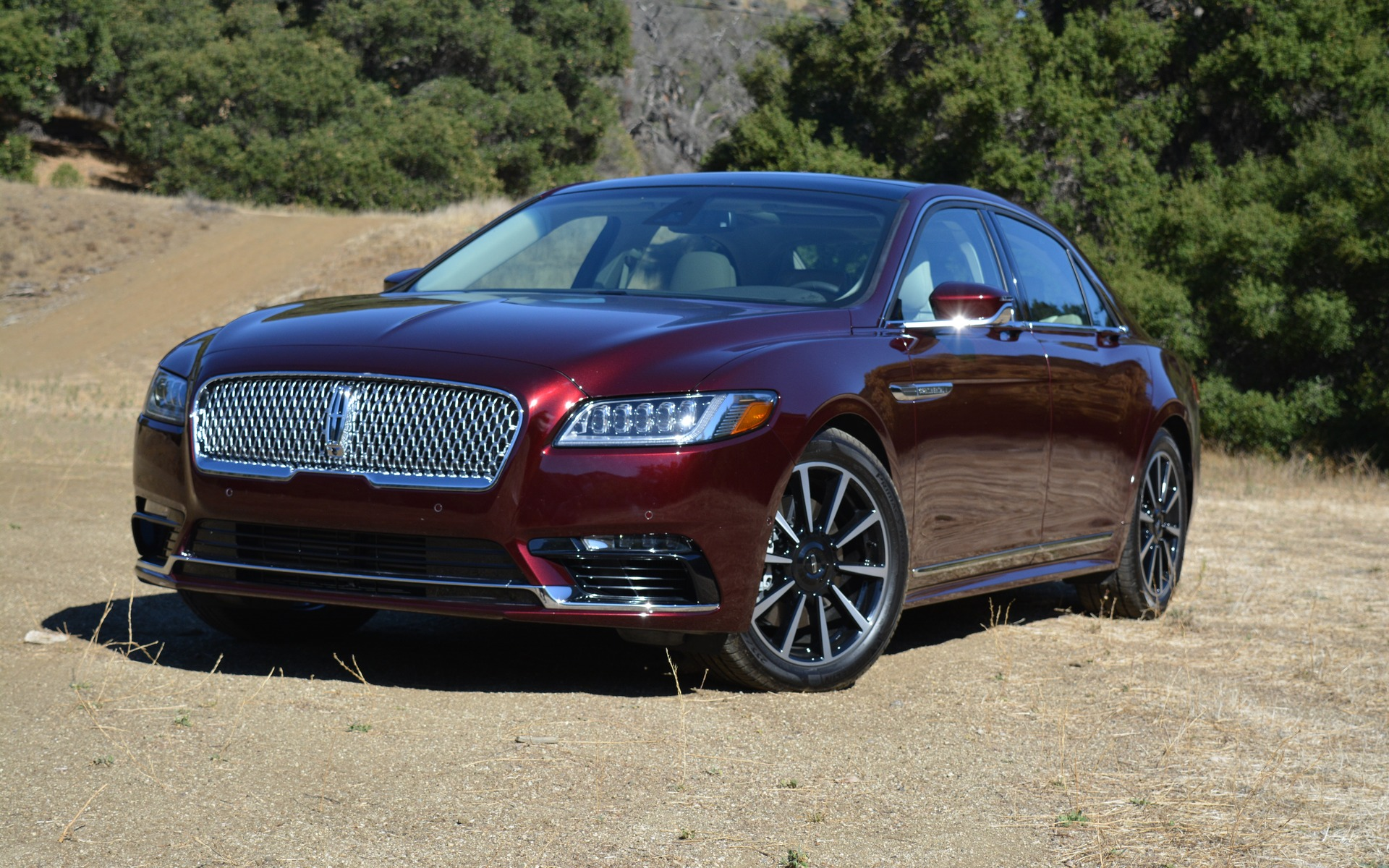 2017 lincoln continental working on making lincoln great again the car guide. Black Bedroom Furniture Sets. Home Design Ideas