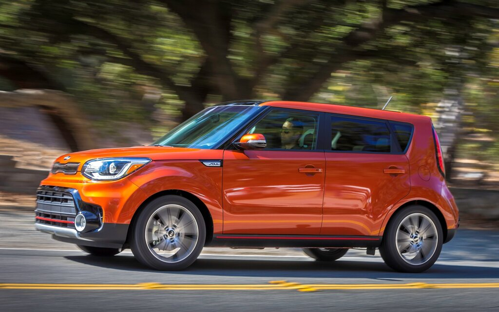 le kia soul 2017 obtient un moteur turbo guide auto. Black Bedroom Furniture Sets. Home Design Ideas