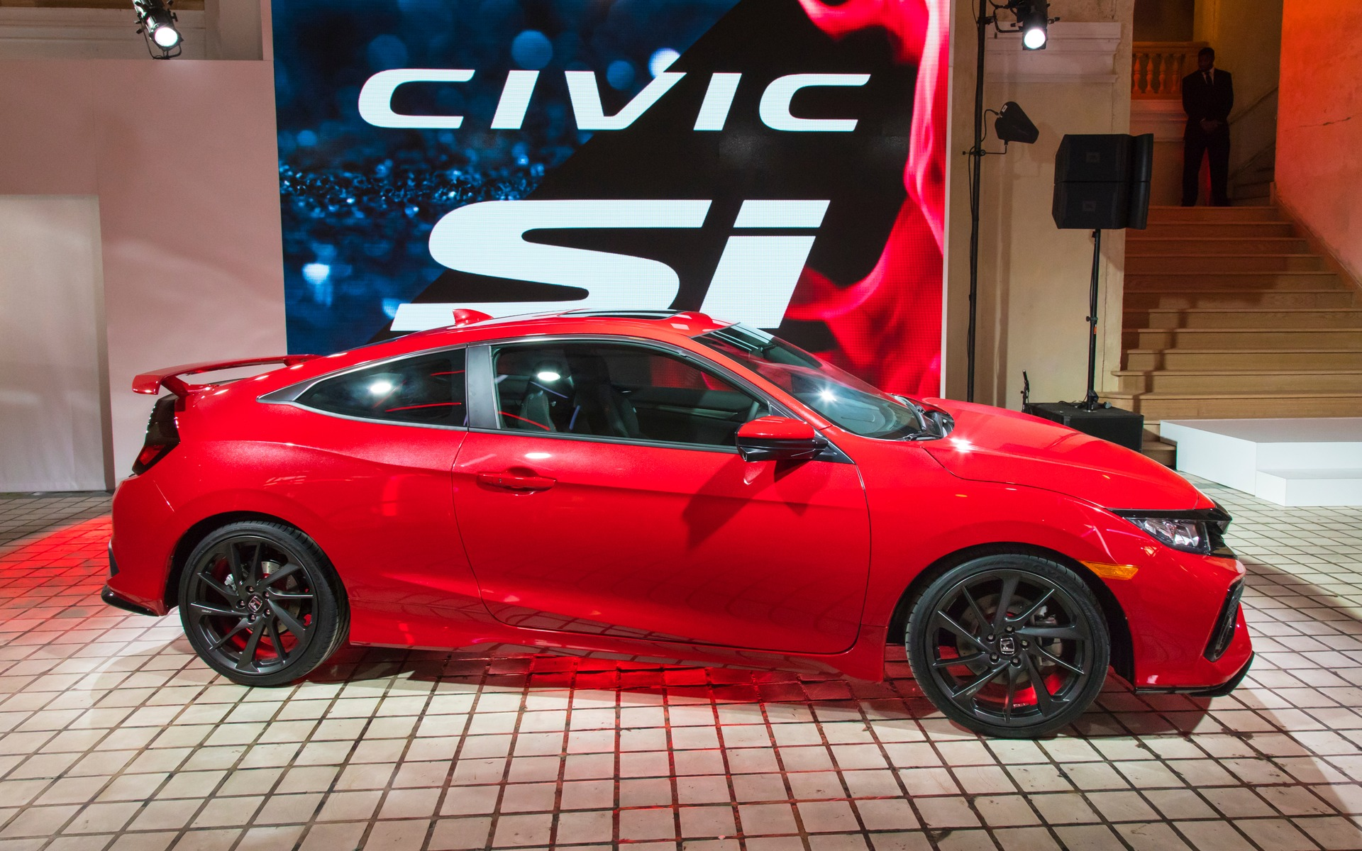 honda unveiled its new 2017 civic si the car guide. Black Bedroom Furniture Sets. Home Design Ideas