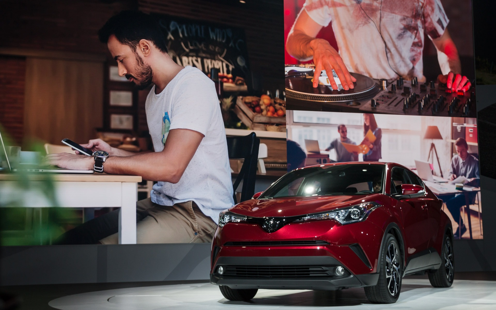 Exceptional 2018 Toyota C HR: For Attracting Young Professionals