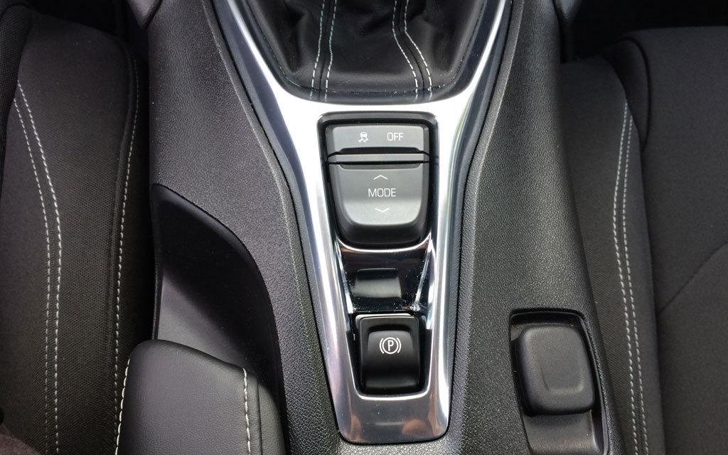 <p>2016 Chevrolet Camaro V6</p>