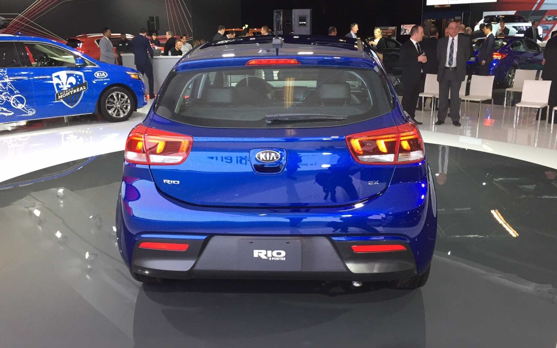 2018 kia rio montreal debut 4 7. Black Bedroom Furniture Sets. Home Design Ideas