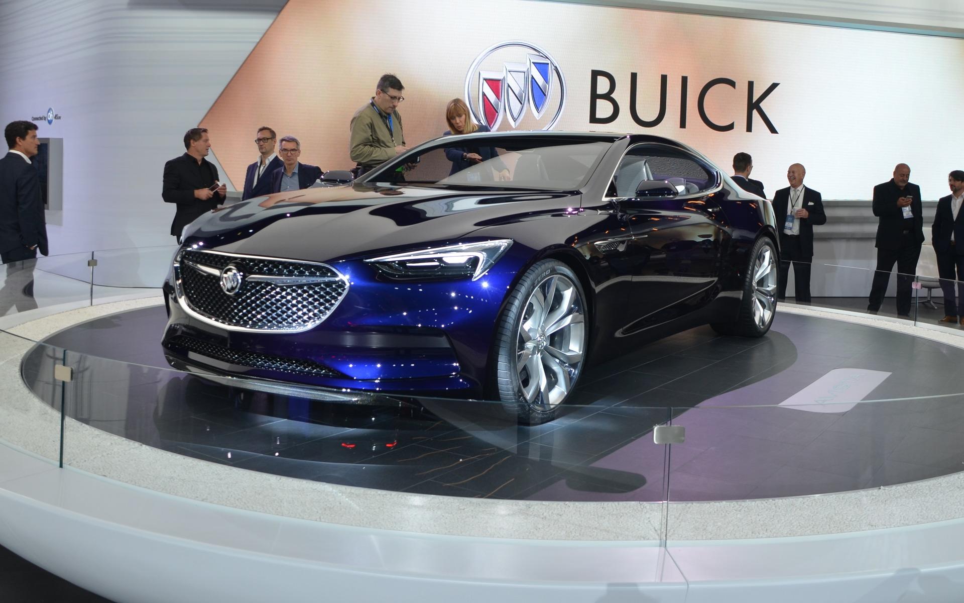 Buick Avista Concept (ici photographié au Salon de Détroit 2016)