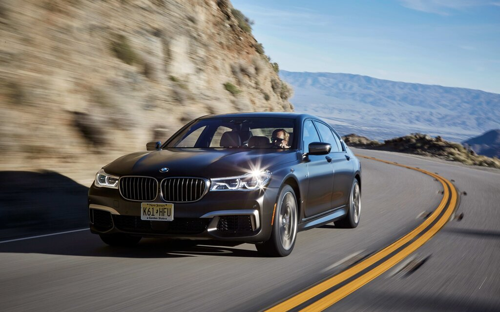 2018 BMW M760Li XDrive An M7 Light