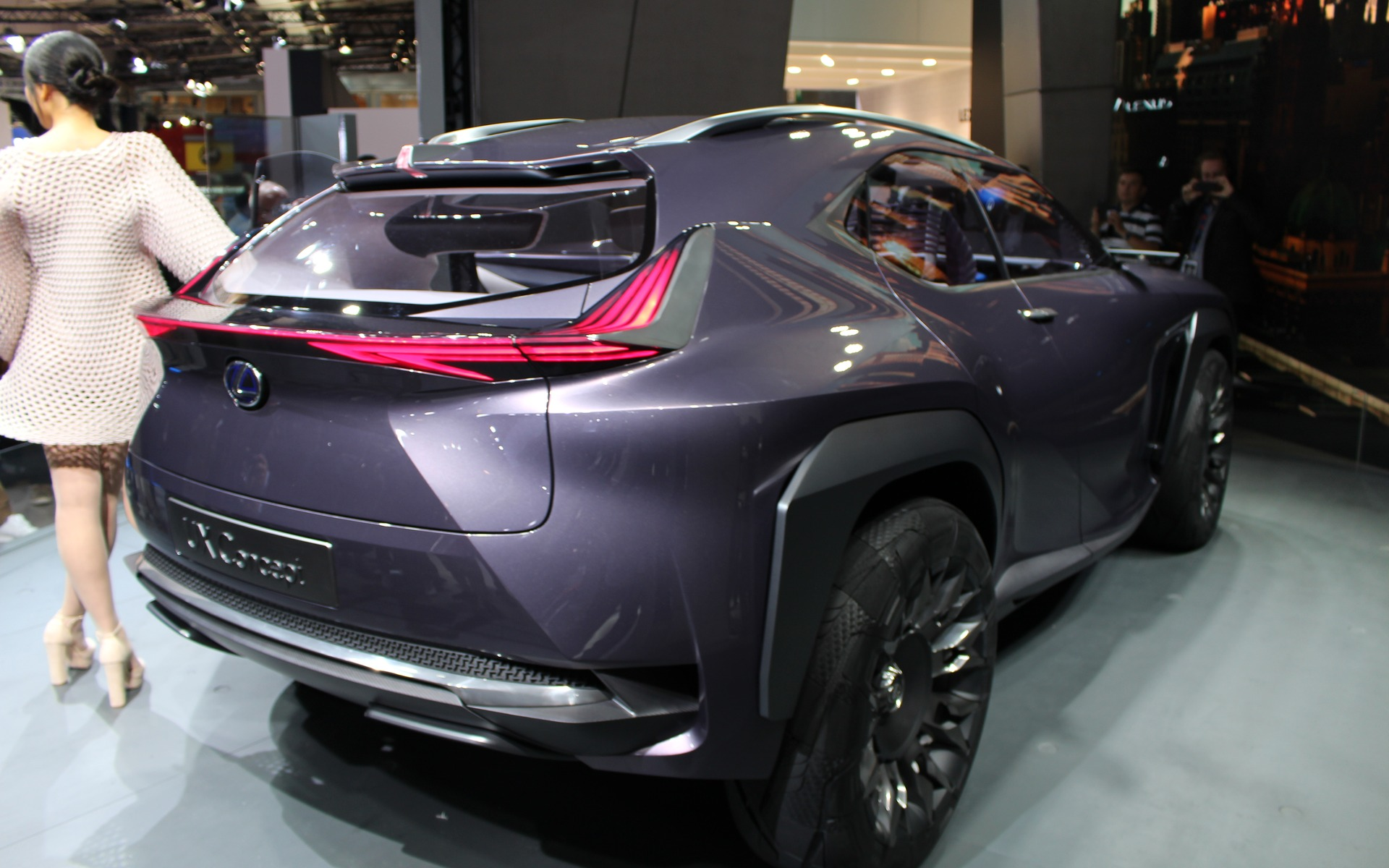 <p>Lexus UX Concept (photographié au Salon de Détroit)</p>