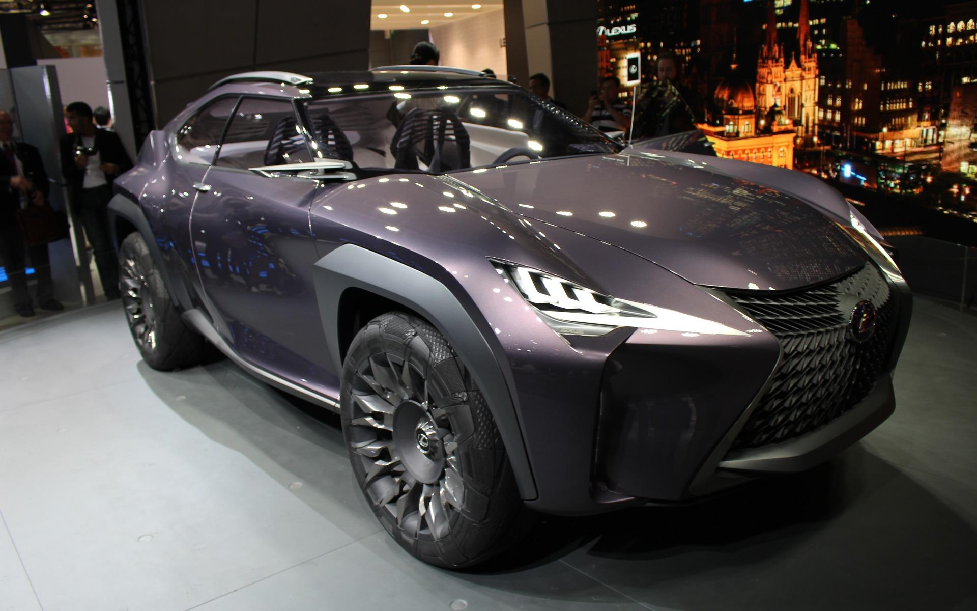 Lexus UX Concept (photographié au Salon de Détroit)
