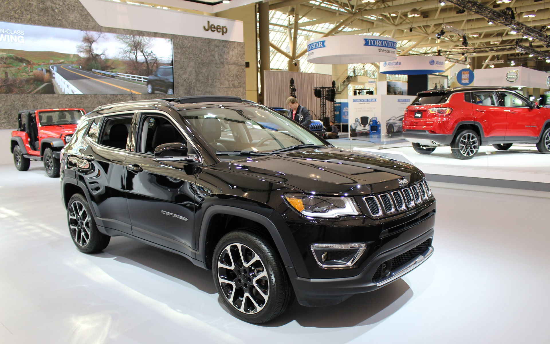 nous allons essayer le nouveau jeep compass 2017 un vus vital pour fca guide auto. Black Bedroom Furniture Sets. Home Design Ideas