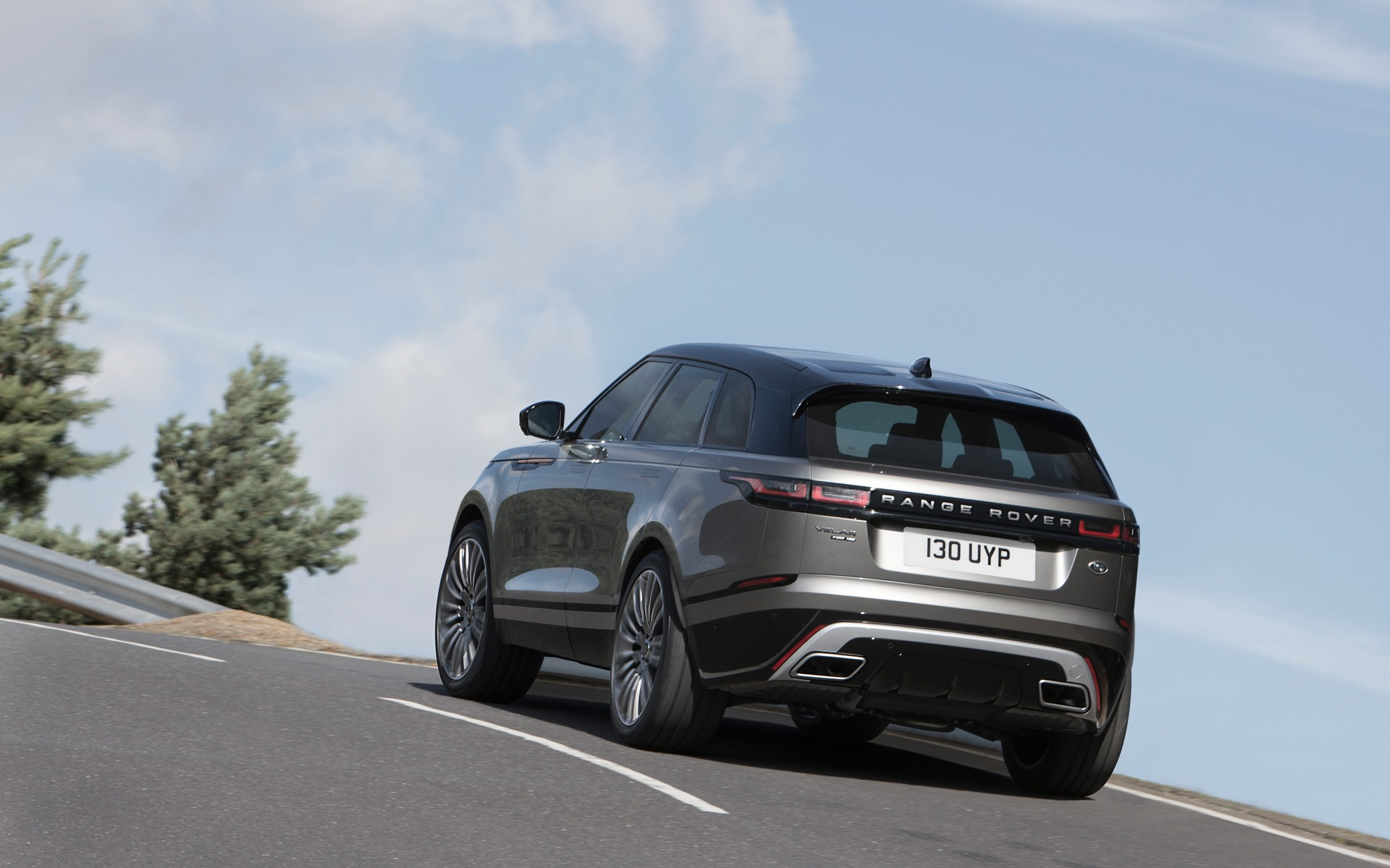 Land Rover Dealers >> 2018 Range Rover Velar: World Debut in London - 7/22