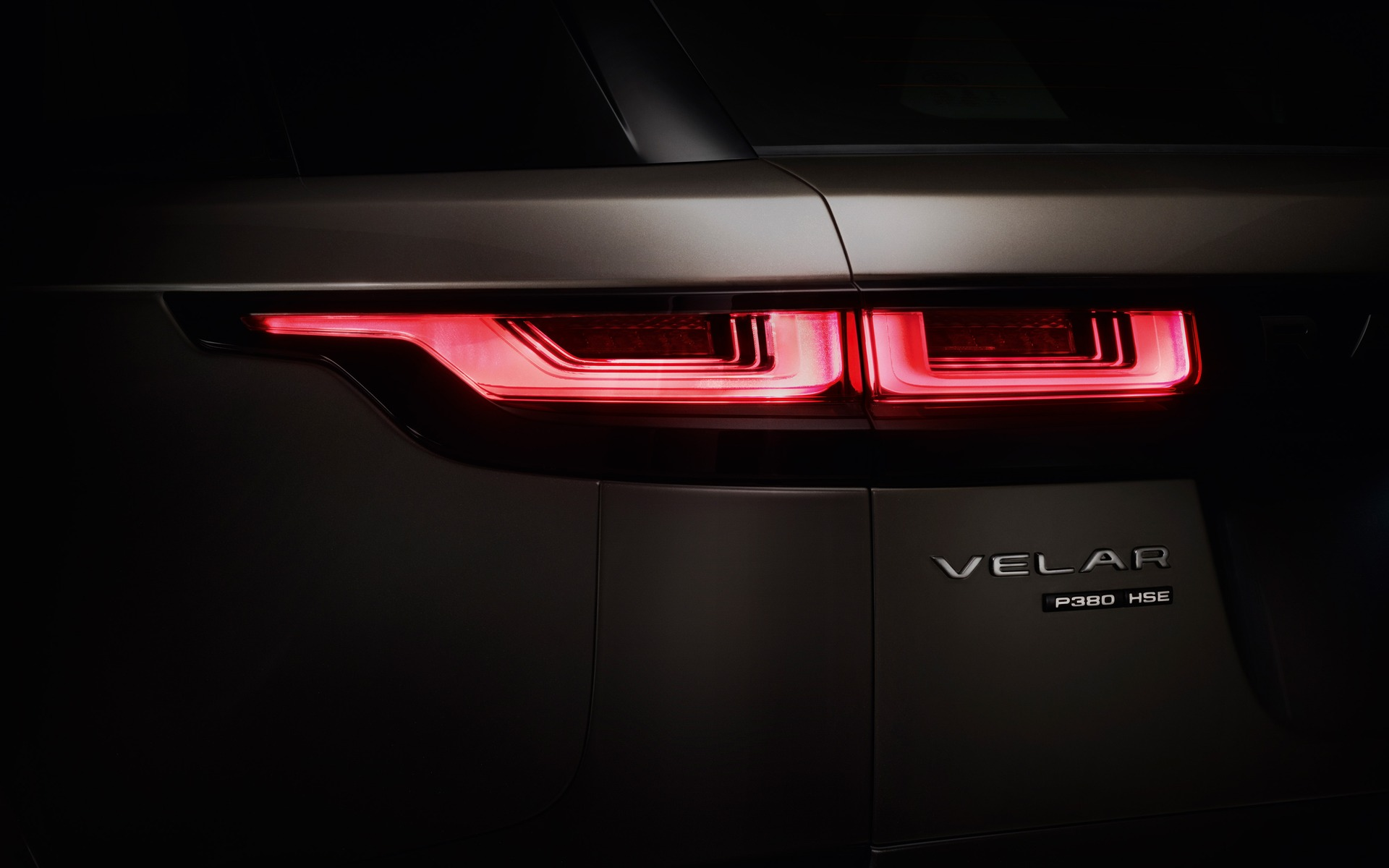 Land Rover Velar >> 2018 Range Rover Velar: World Debut in London - 21/22