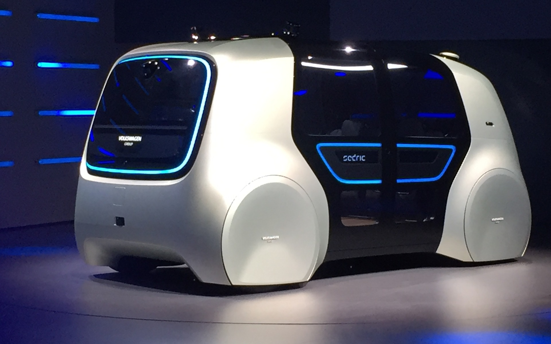 Web Com Reviews >> Volkswagen Sedric Concept, the Future of Mobility ...
