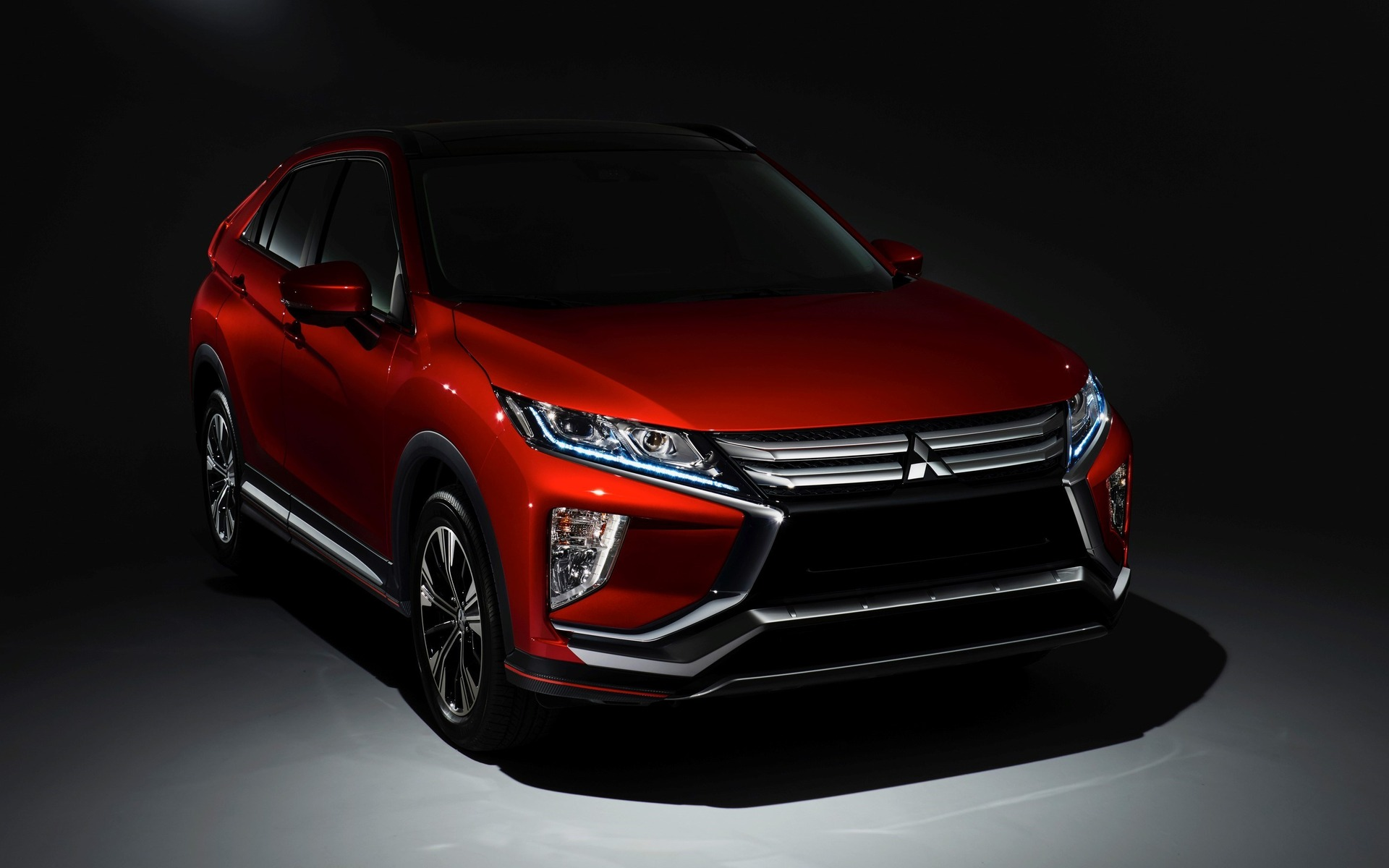 Auto Reviews 2018 >> 2018 Mitsubishi Eclipse Cross: a New SUV for the Brand - 28/56