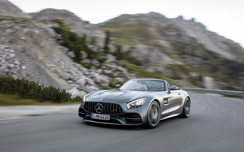mercedes amg gt c roadster 2018 l essai cette semaine guide auto. Black Bedroom Furniture Sets. Home Design Ideas