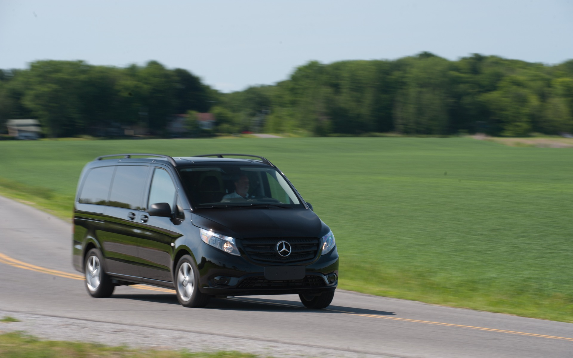 <p>5e : Mercedes-Benz Metris | 239.7 points | 44 800$</p>
