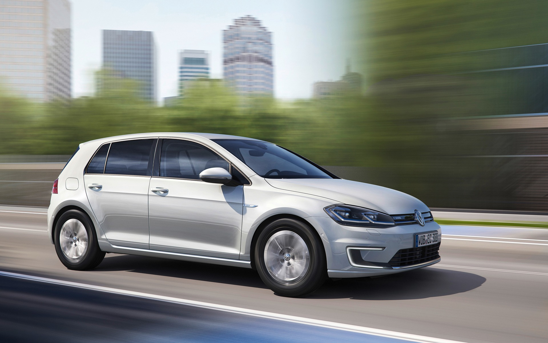 volkswagen e golf 2017 nous l essayons cette semaine guide auto. Black Bedroom Furniture Sets. Home Design Ideas