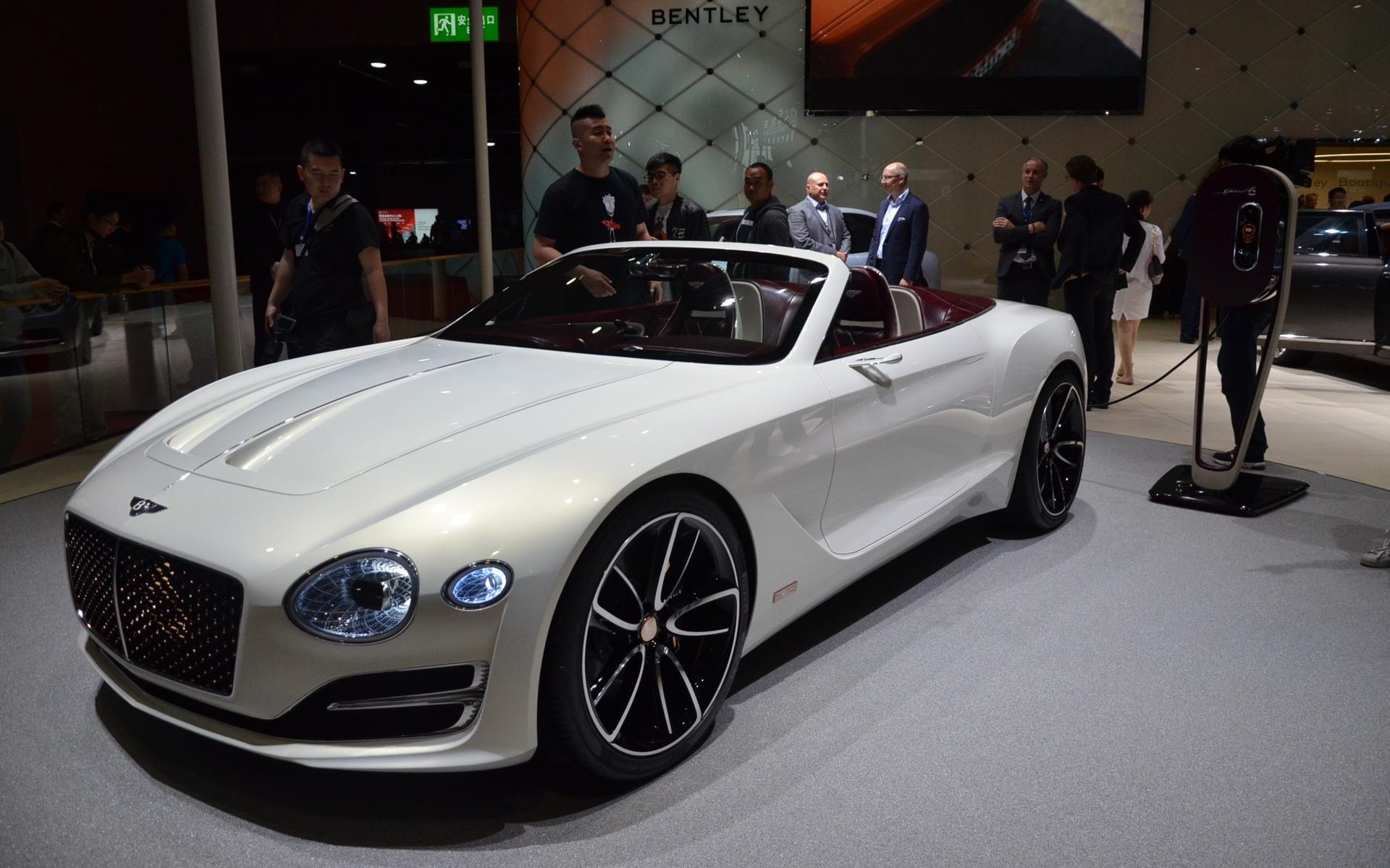 <p>Bentley EXP 12 Speed 6e Concept, une voiture 100% électrique.</p>