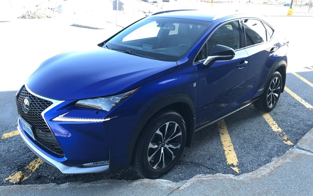 2017 lexus nx 200t a flashy crossover that makes a statement the car guide. Black Bedroom Furniture Sets. Home Design Ideas