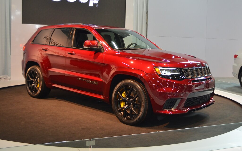 2018 jeep grand cherokee trackhawk unreasonable but a classic the car guide. Black Bedroom Furniture Sets. Home Design Ideas
