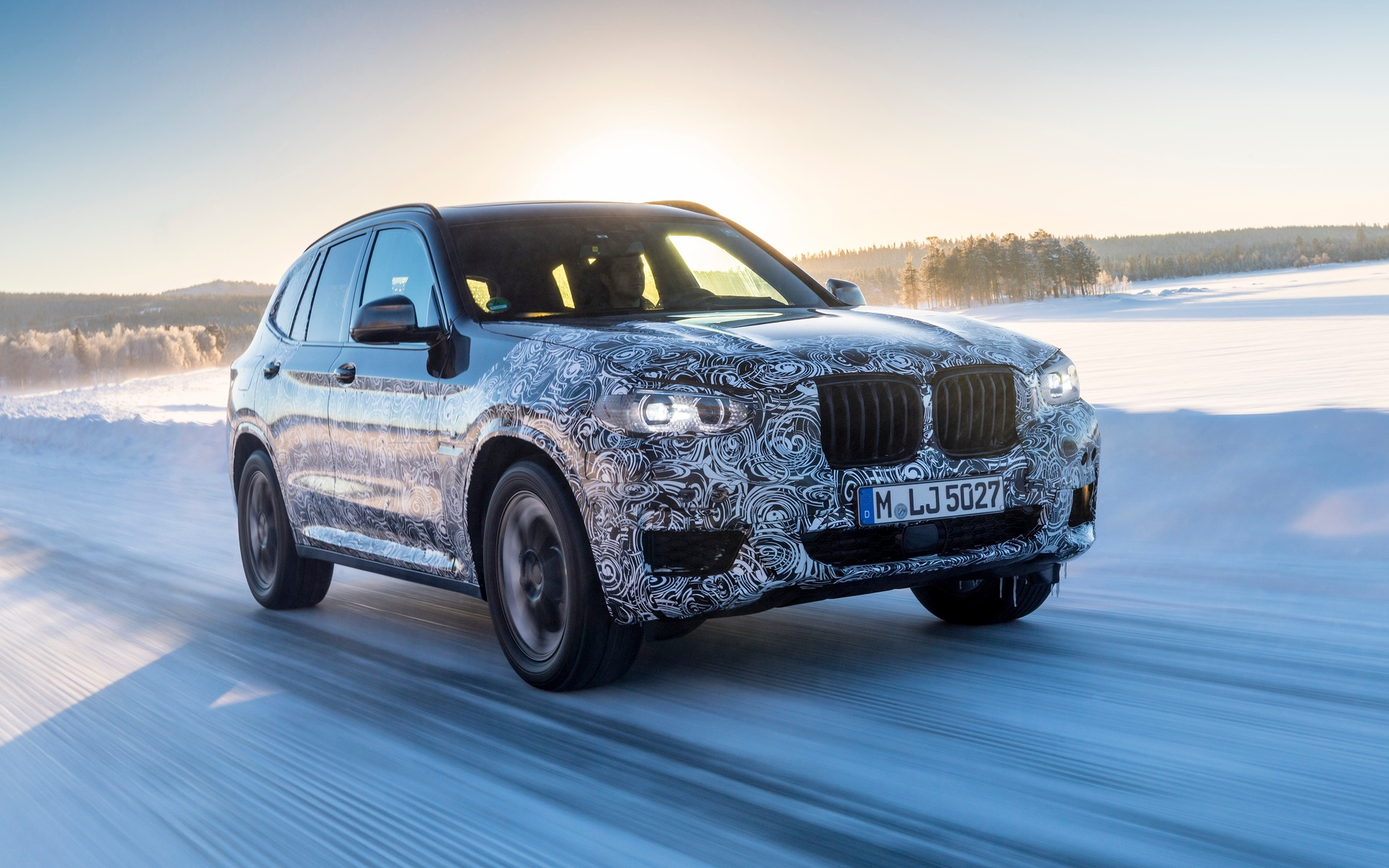 2018 BMW X3. A fully electric version will appear in 2020.
