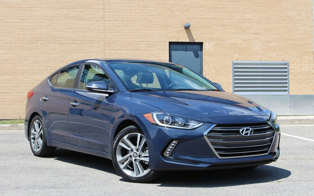 2017 hyundai elantra hitting the mark again the car guide. Black Bedroom Furniture Sets. Home Design Ideas