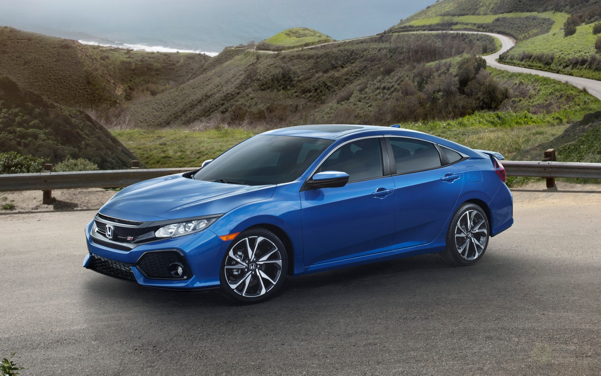 2017 Honda Civic Si Now on Sale in Canada - The Car Guide
