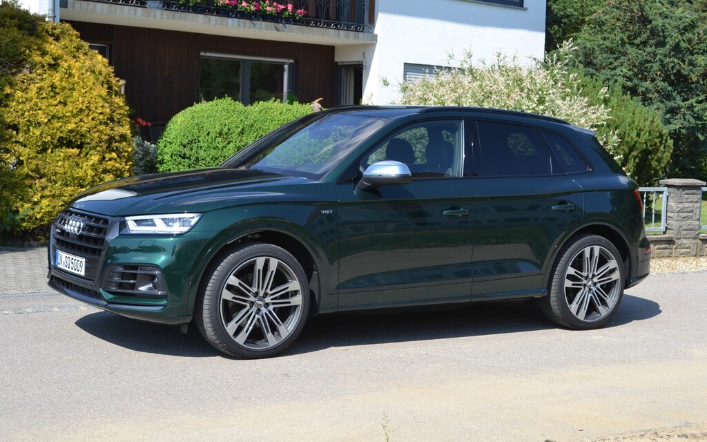 2018 Audi SQ5: Thrilling Within Reason - 9/31