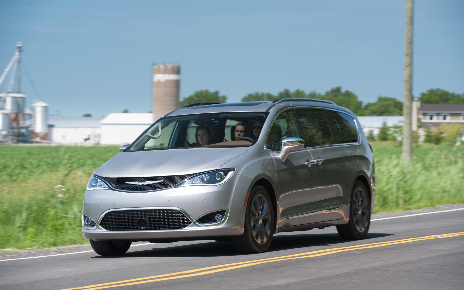 <p>#1. Chrysler Pacifica   335,8 points   60&nbsp;445$</p>