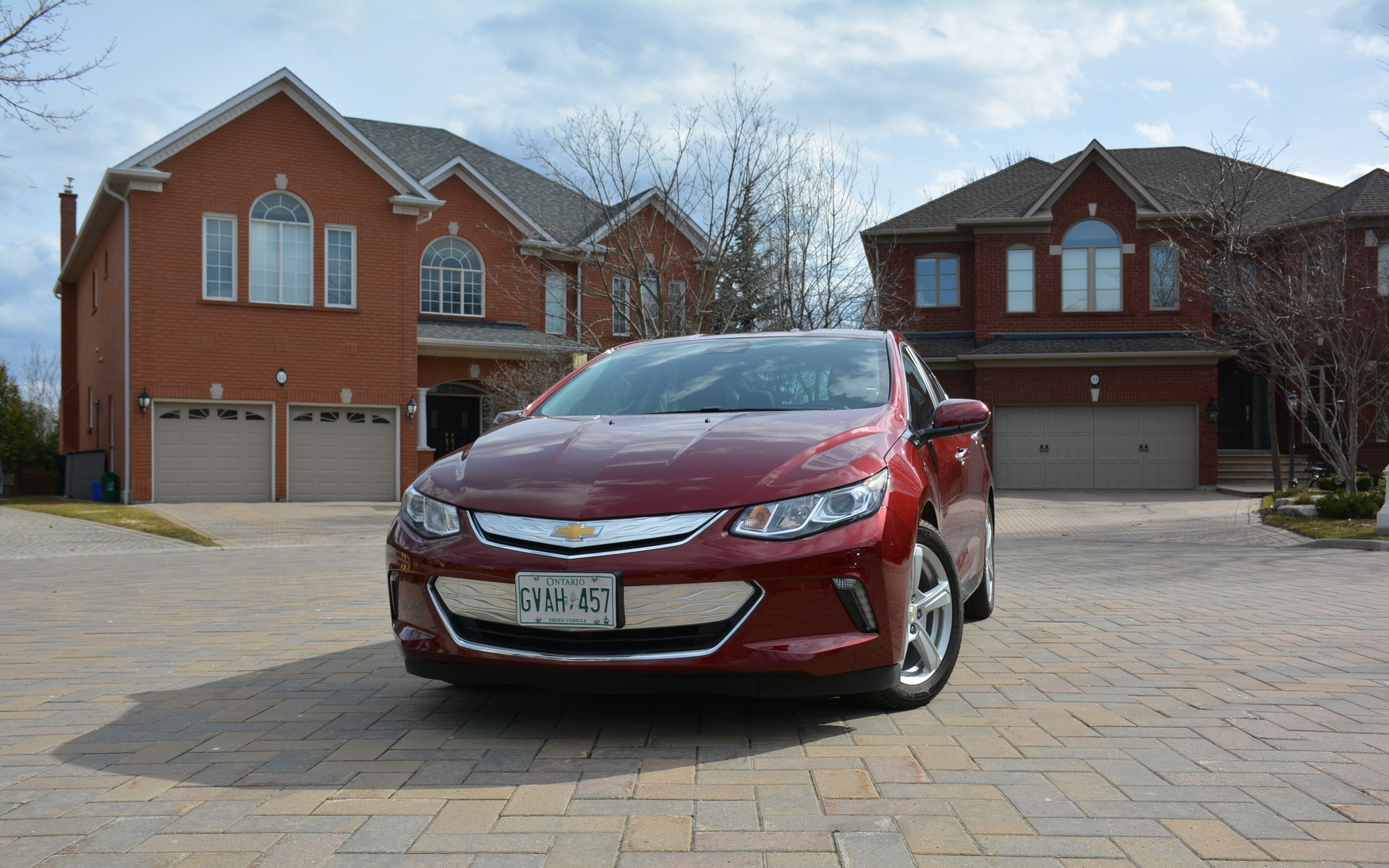 <p>2017 Chevrolet Volt</p>