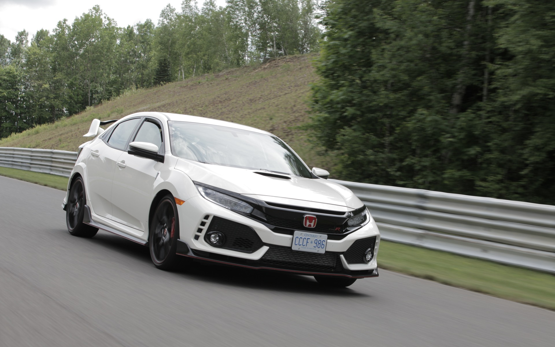 honda civic type r 2017 fond au circuit mont tremblant. Black Bedroom Furniture Sets. Home Design Ideas